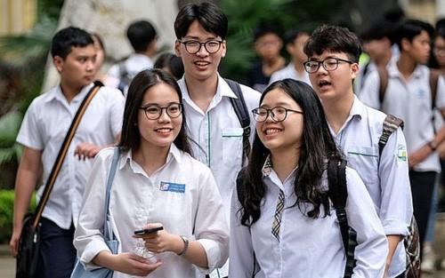 Hà Nội: Điểm chuẩn vào lớp 10 giảm mạnh, trường Thăng Long giảm đến 9.5 điểm so với năm 2018