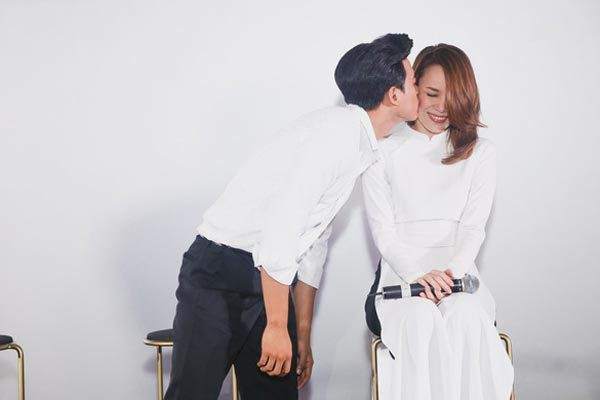 mai-tai-phen-toi-rung-dong-voi-my-tam-khi-dong-chung-phim