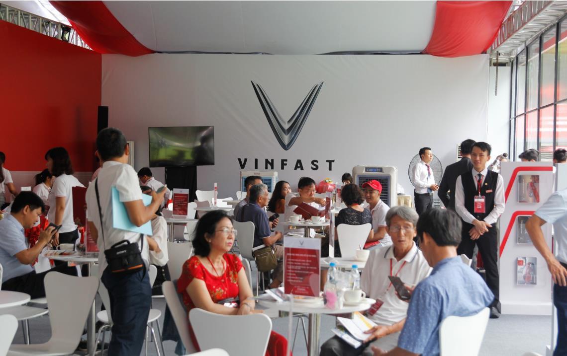 Chưa hãng xe nào làm lễ ra mắt hoành tráng như VinFast và đây là những minh chứng rõ ràng nhất - Ảnh 10.