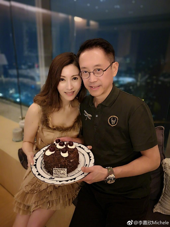 49 tuổi, Hoa hậu đẹp nhất Hong Kong Lý Gia Hân vẫn khiến mọi người ngưỡng mộ vì nhan sắc cực phẩm - Ảnh 6.
