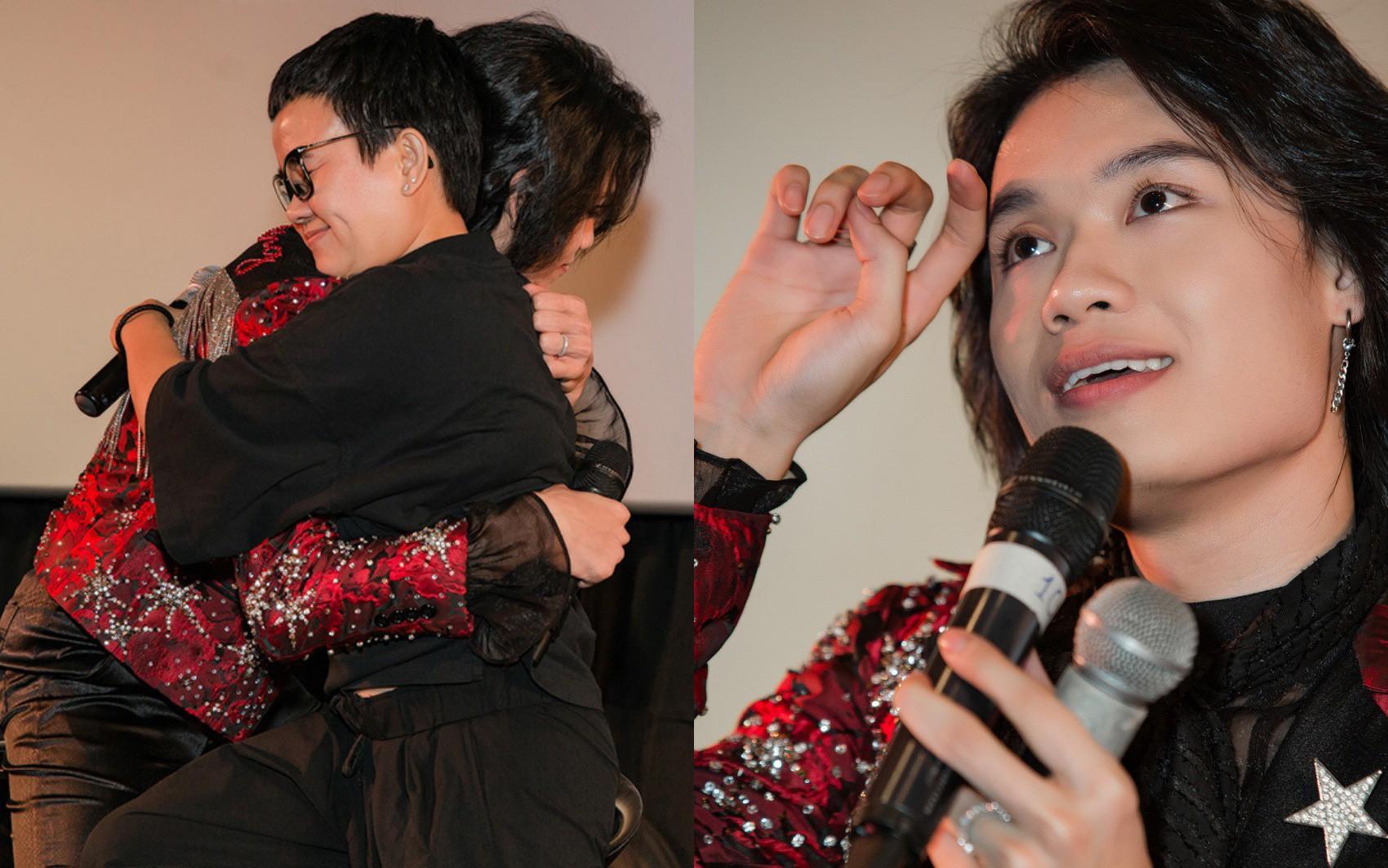 Phương Uyên - Quang Trung làm ai cũng choáng khi ôm nhau khóc nức nở trong sự kiện