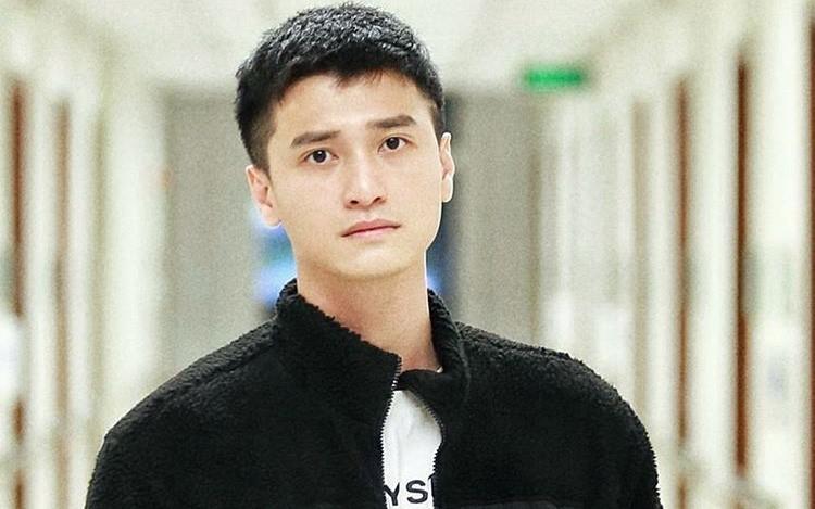Bị cắt vai, Huỳnh Anh lại bị tố vẫn chưa chuyển trả 20 triệu đồng