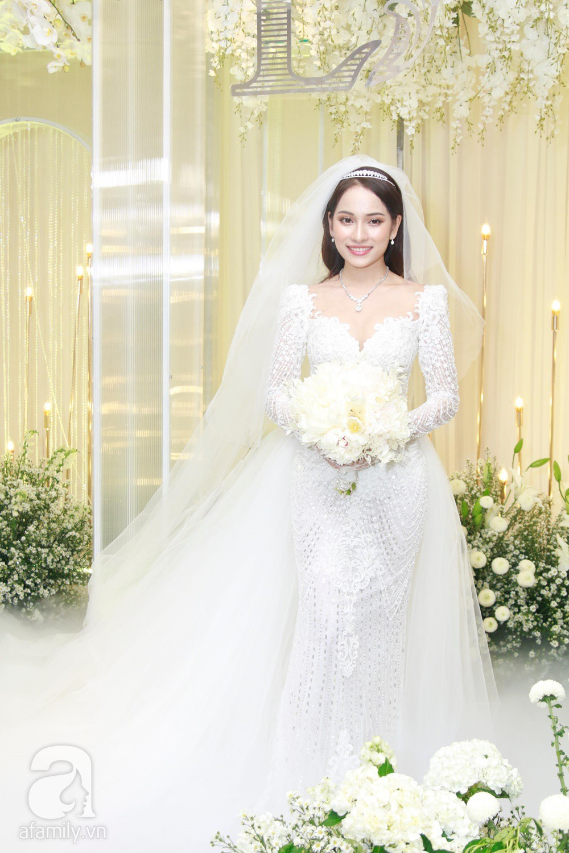Vợ chồng Thu Minh, ca sĩ Noo Phước Thịnh, Lê Hiếu, Thu Thủy và dàn sao khủng showbiz tụ hội về đám cưới Dương Khắc Linh - Sara Lưu - Ảnh 3.