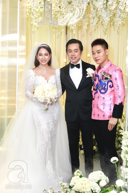 Vợ chồng Thu Minh, ca sĩ Noo Phước Thịnh, Lê Hiếu, Thu Thủy và dàn sao khủng showbiz tụ hội về đám cưới Dương Khắc Linh - Sara Lưu - Ảnh 18.