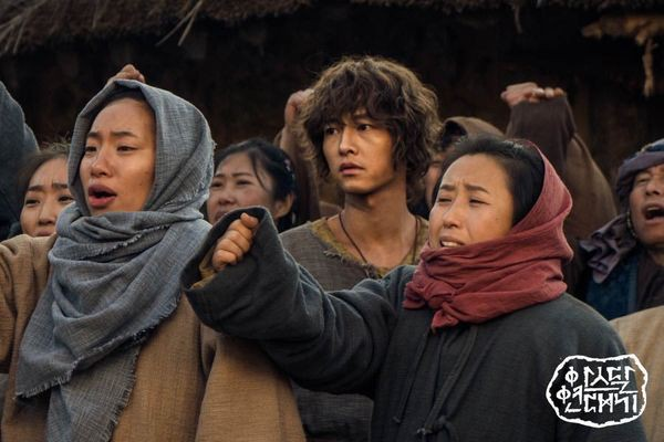 """Điểm qua 3 lý do khiến """"Arthdal Chronicles"""" của Song Joong Ki là bộ phim đáng xem trong mùa hè này - Ảnh 4."""