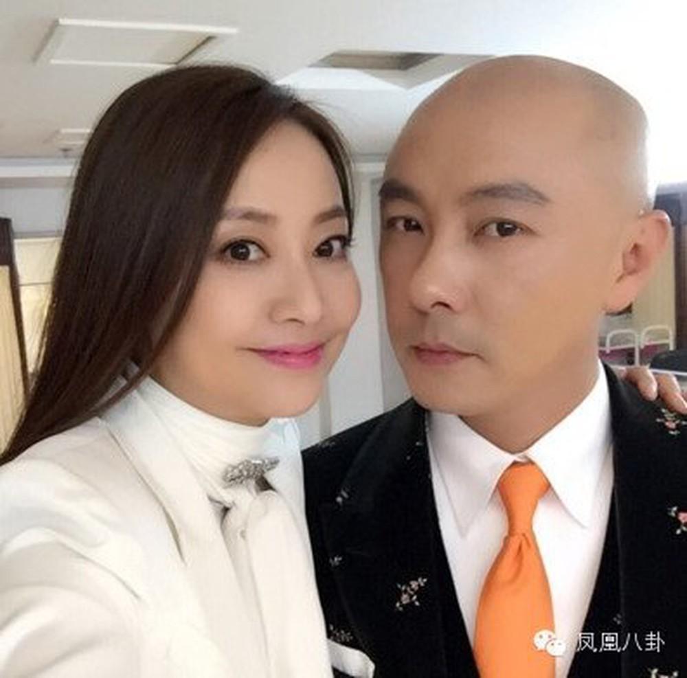 Động thái đầu tiên của Trương Vệ Kiện sau khi bị đồn là ngoại tình trước khi kết hôn - Ảnh 3.