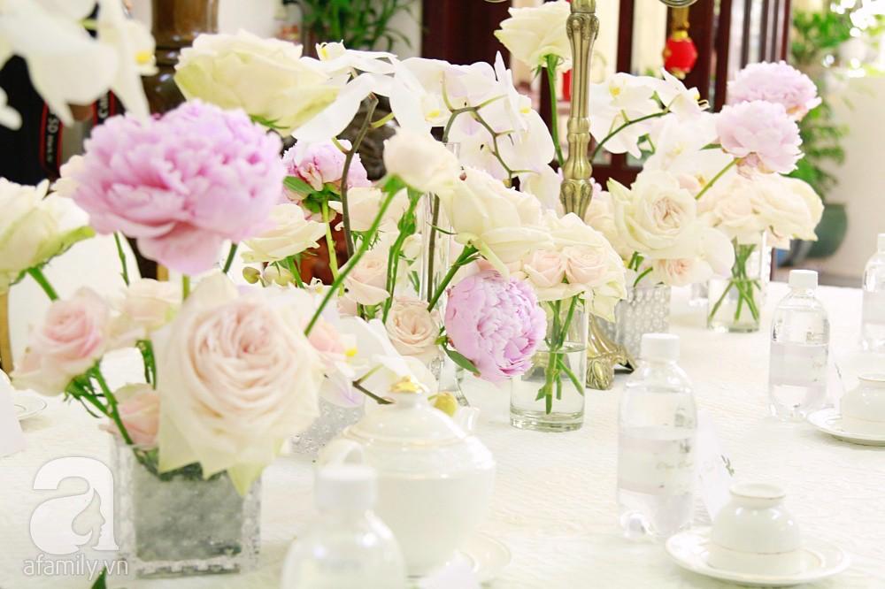 Trực tiếp đám cưới Dương Khắc Linh - Sara Lưu: Nhà cô dâu bày tiệc hoa giản dị, không phô trương - Ảnh 10.