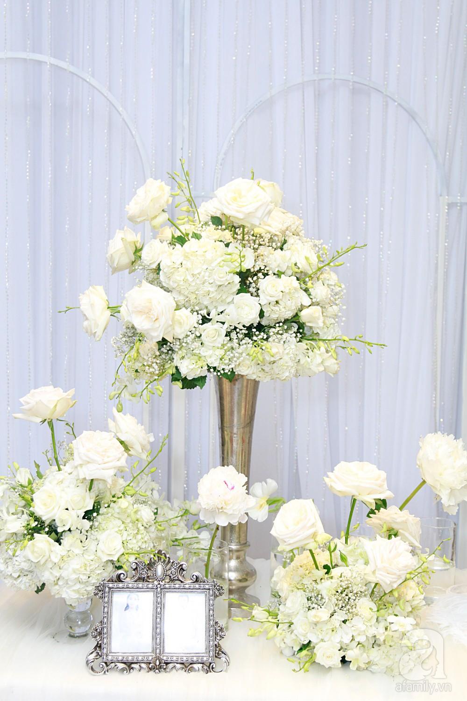 Cận cảnh không gian tiệc cưới xa hoa với thực đơn 5 sao đắt đỏ và hoa tươi tiền tỷ của Dương Khắc Linh - Sara Lưu - Ảnh 5.