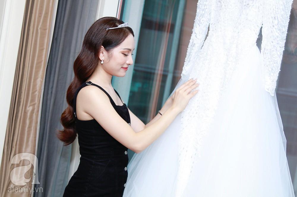 Độc quyền: Sara Lưu âu yếm Dương Khắc Linh trong phòng cưới trước giờ G  - Ảnh 5.