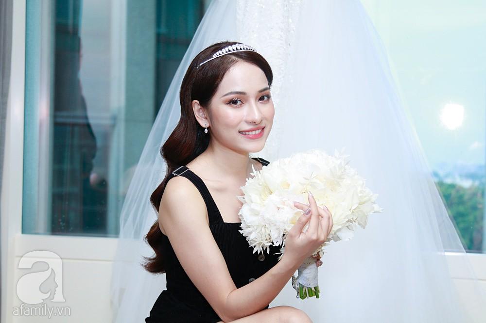Độc quyền: Sara Lưu âu yếm Dương Khắc Linh trong phòng cưới trước giờ G  - Ảnh 12.