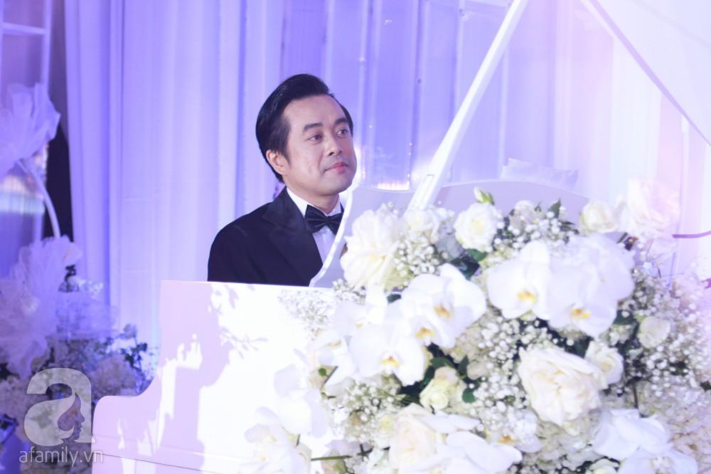 Chú rể Dương Khắc Linh suýt nhầm Hoàng Yến Chibi và Liz Kim Cương là vợ mình  - Ảnh 2.