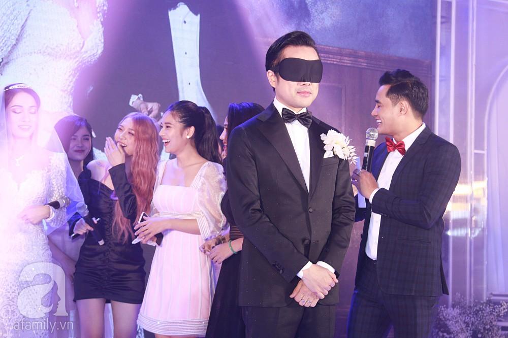 Chú rể Dương Khắc Linh suýt nhầm Hoàng Yến Chibi và Liz Kim Cương là vợ mình  - Ảnh 8.