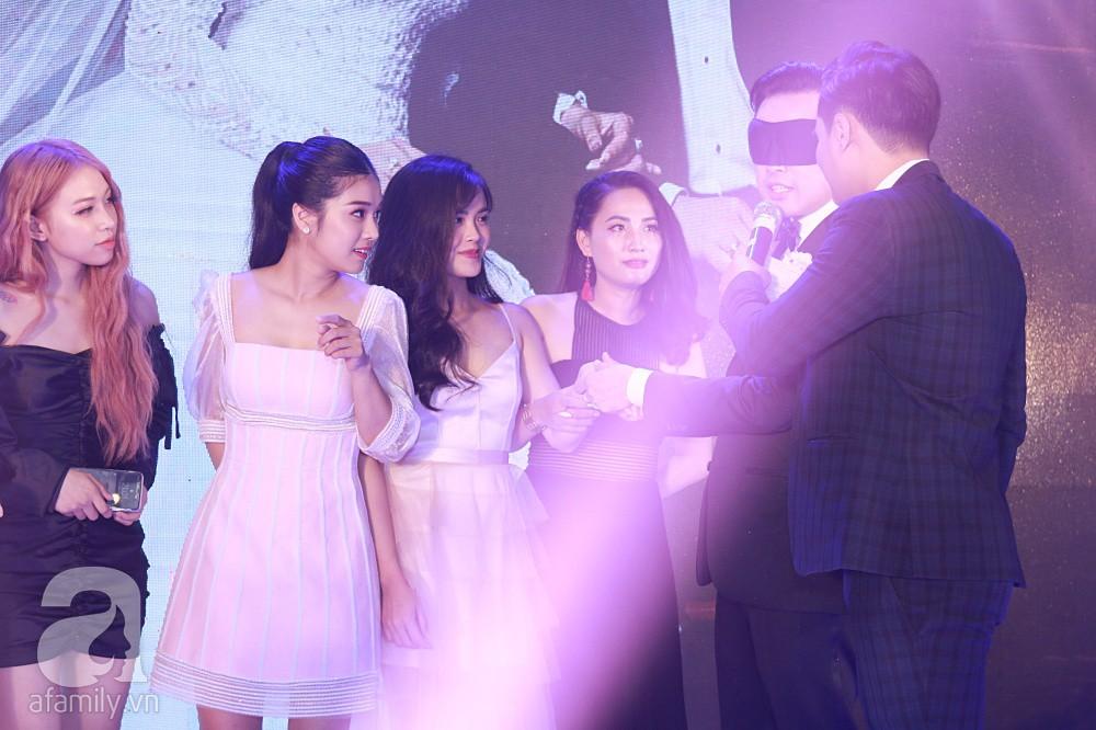 Chú rể Dương Khắc Linh suýt nhầm Hoàng Yến Chibi và Liz Kim Cương là vợ mình  - Ảnh 9.