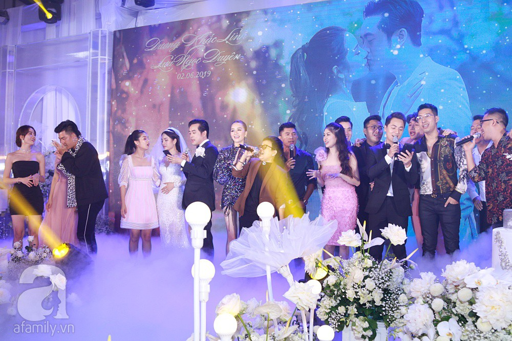 Chú rể Dương Khắc Linh suýt nhầm Hoàng Yến Chibi và Liz Kim Cương là vợ mình  - Ảnh 14.