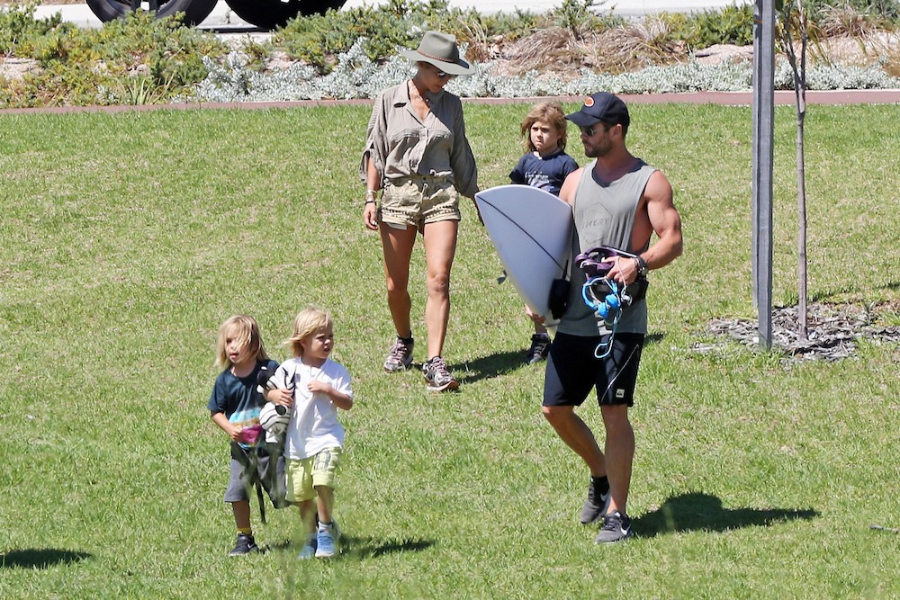 exclusive-chris-hemsworth-and-elsa-pataky-take-the-kids-on-a-chopper-ride-to-rottnest-island-16
