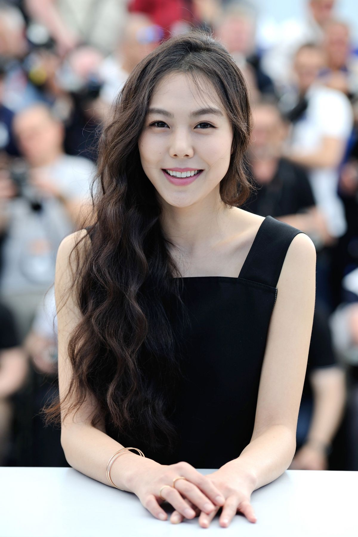 kim-minhee-at-claire-s-camera-photocall-at-2017-cannes-film-festival-05-21-2017_5