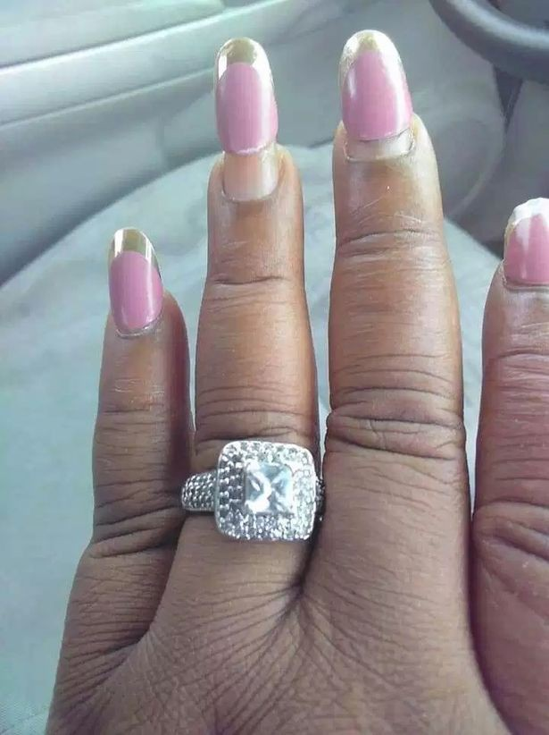 0_Bride-to-be-shares-photo-of-HUGE-engagement-ring-but-gets-trolled-for-the-state-of-her-nails