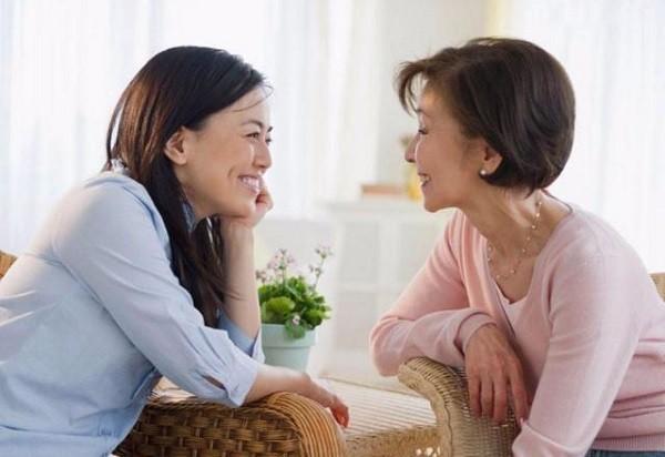 Lần đầu giao quyền quản lý gia đình cho con dâu khiến tôi hoảng sợ với bản báo cáo chi tiêu của cô ta - Ảnh 1.