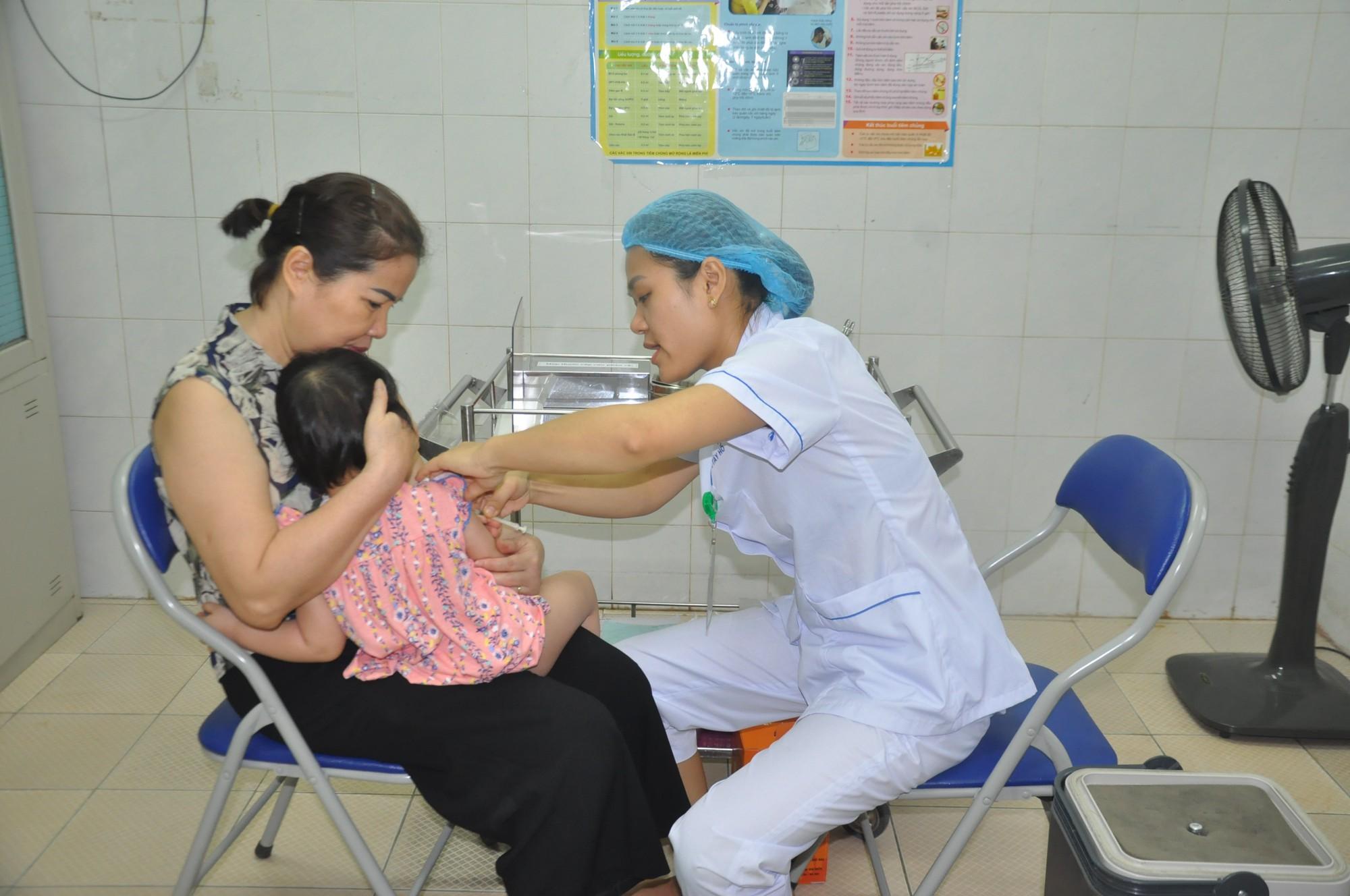 Ghi nhận thêm 61 trường hợp mắc sởi tại thành phố Hà Nội trong tuần qua - Ảnh 1.