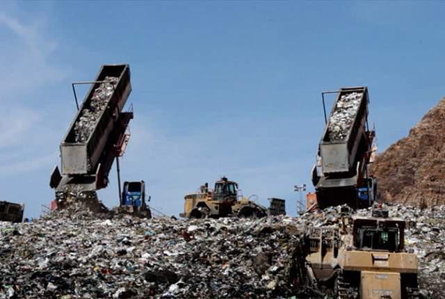 Phát hoảng trước những bãi rác chất cao như núi ở khắp nơi trên thế giới, có bãi rác cao hơn 65 mét, rộng hơn 40 sân bóng đá - Ảnh 6.