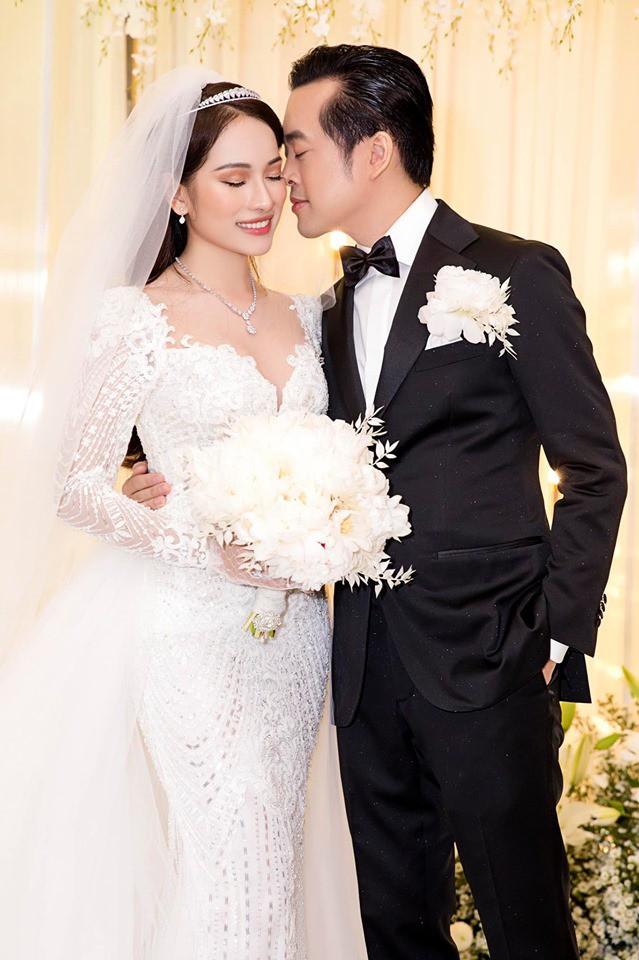 Hoãn trăng mật, Dương Khắc Linh - Sara Lưu cùng người thân đi du lịch sau hôn lễ sang trọng - Ảnh 4.