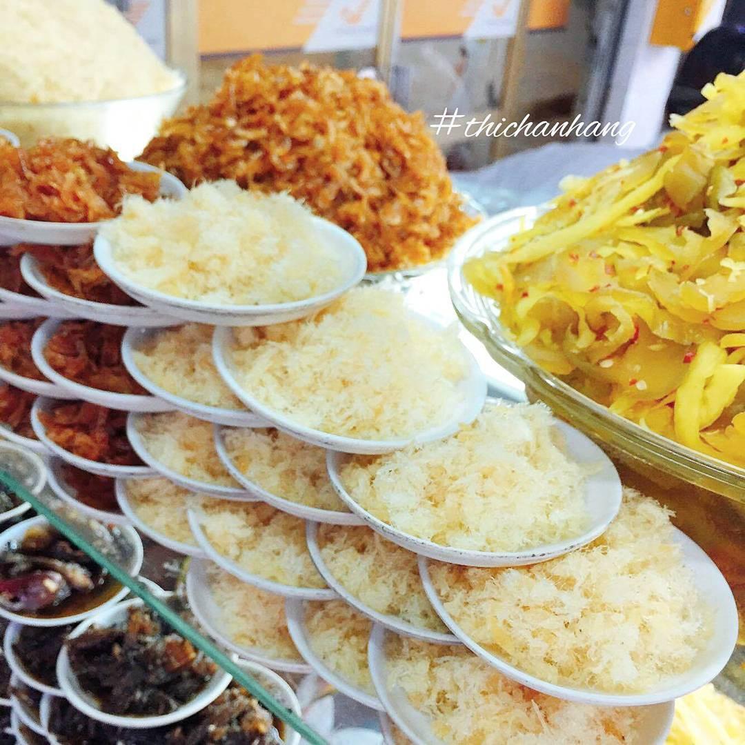 Cháo trắng lá dứa, món ăn thanh đạm đêm khuya của người Sài Gòn - Ảnh 5.