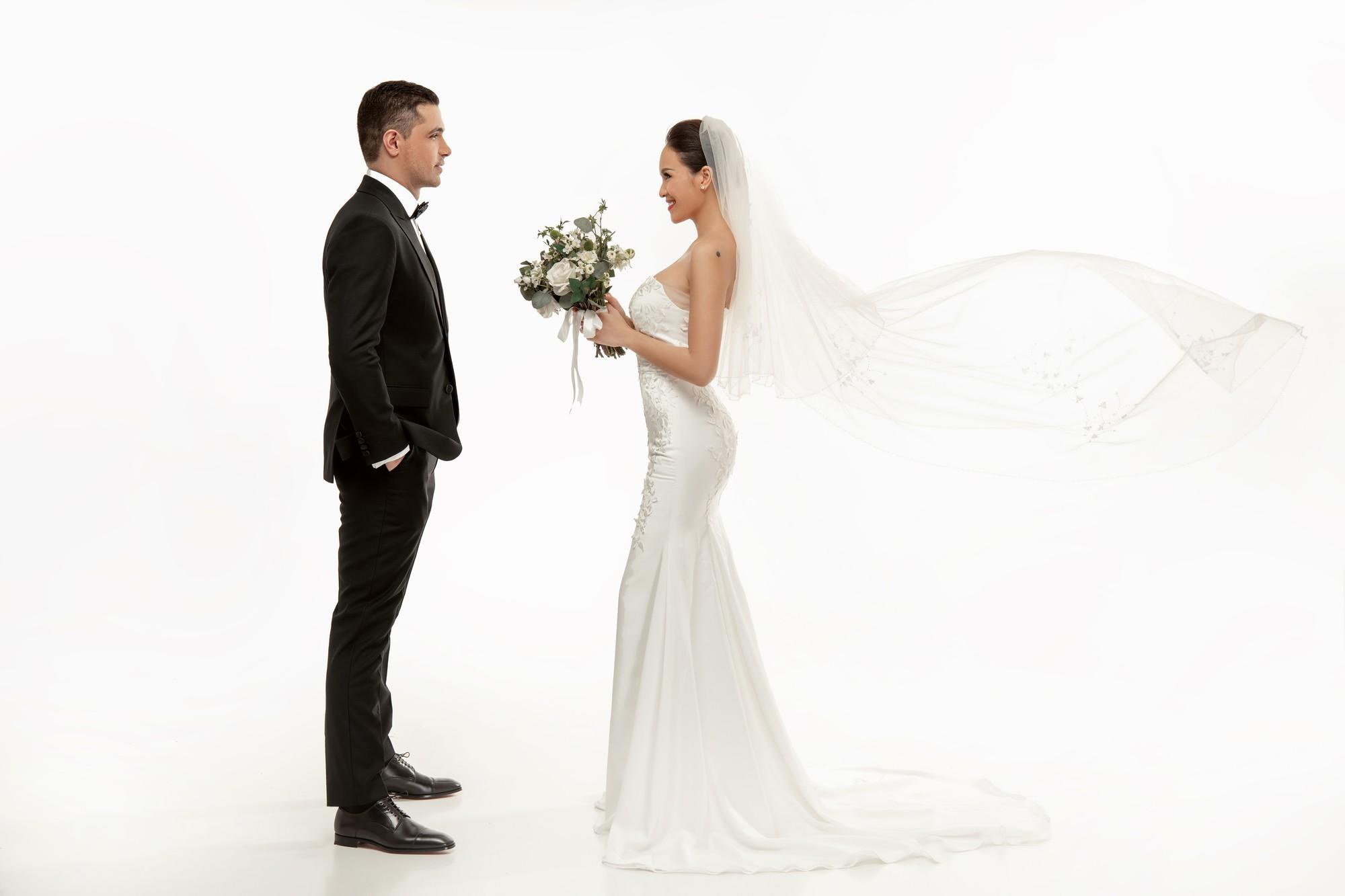 Trọn bộ ảnh cưới ngọt ngào đến tan chảy của Phương Mai và chồng Tây đẹp trai như tài tử - Ảnh 7.