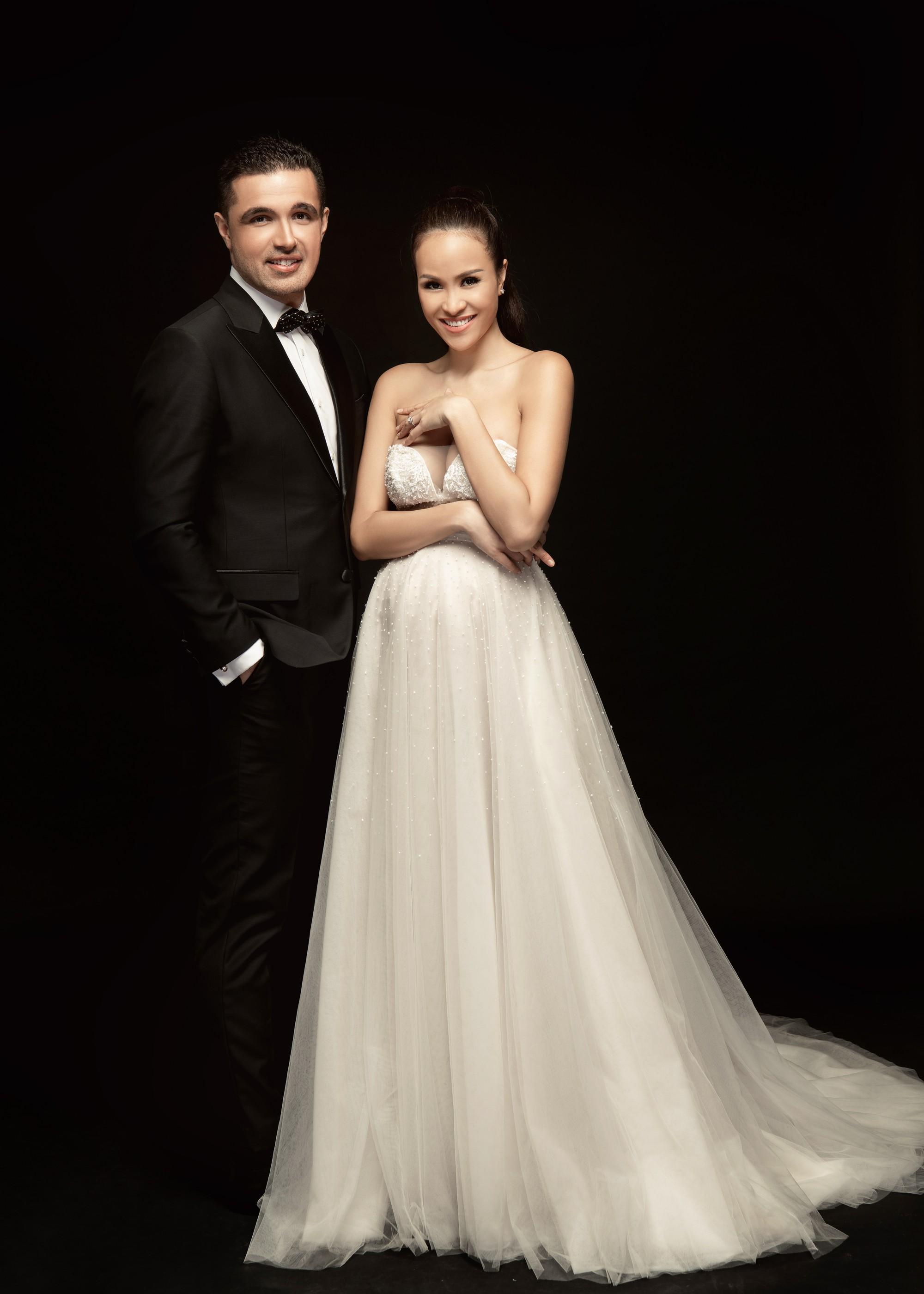 Trọn bộ ảnh cưới ngọt ngào đến tan chảy của Phương Mai và chồng Tây đẹp trai như tài tử - Ảnh 12.