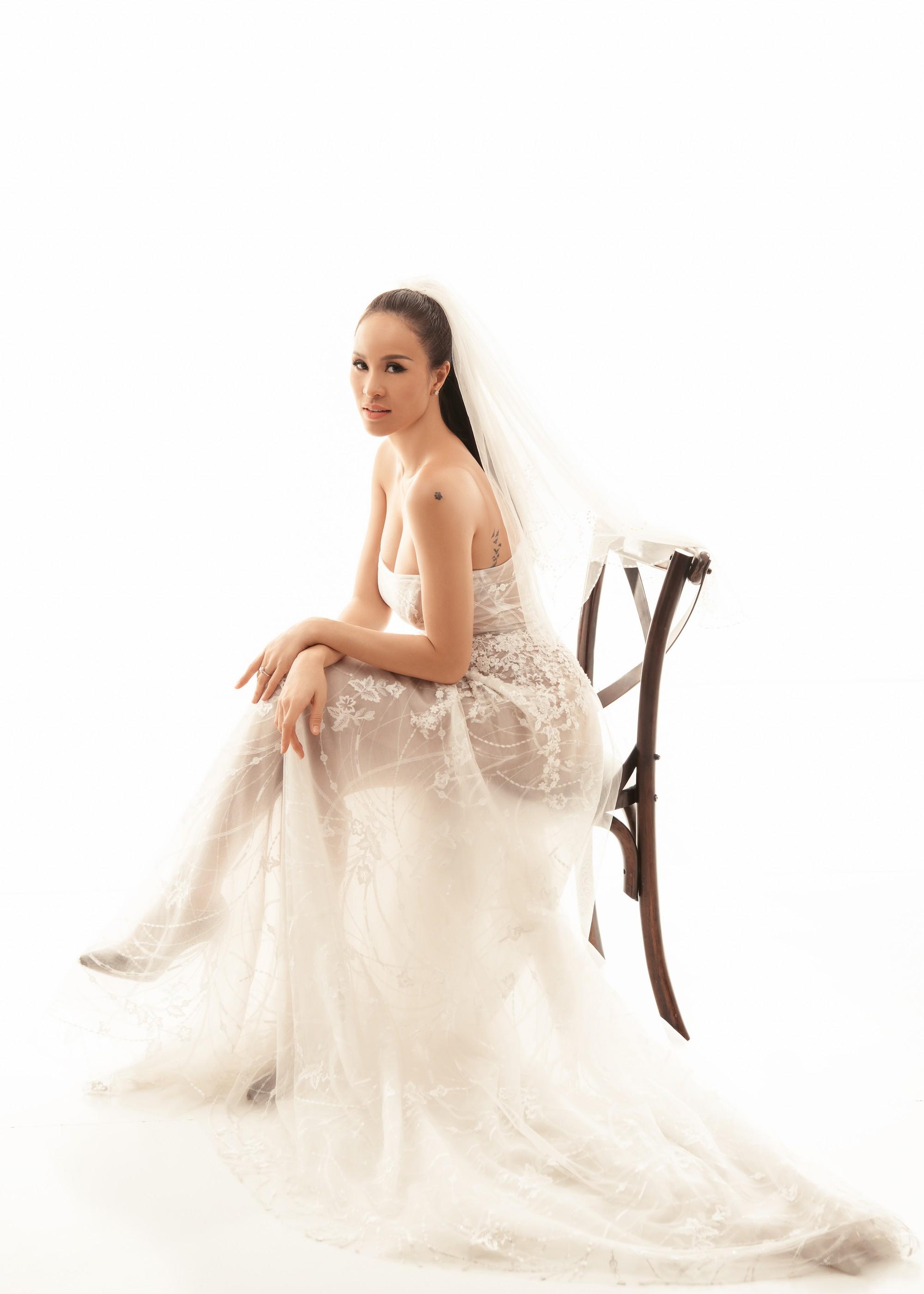 Trọn bộ ảnh cưới ngọt ngào đến tan chảy của Phương Mai và chồng Tây đẹp trai như tài tử - Ảnh 14.