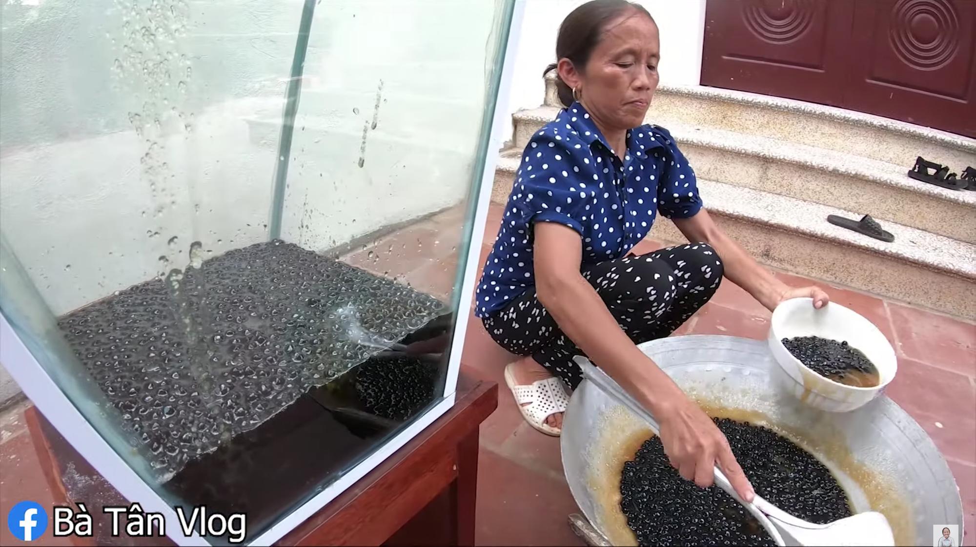 Tốc độ ra clip vùn vụt: bà Tân Vlog làm sữa tươi trân châu khổng lồ mừng 1,9 triệu sub ngay sau khi được bật kiếm tiền YouTube - Ảnh 5.