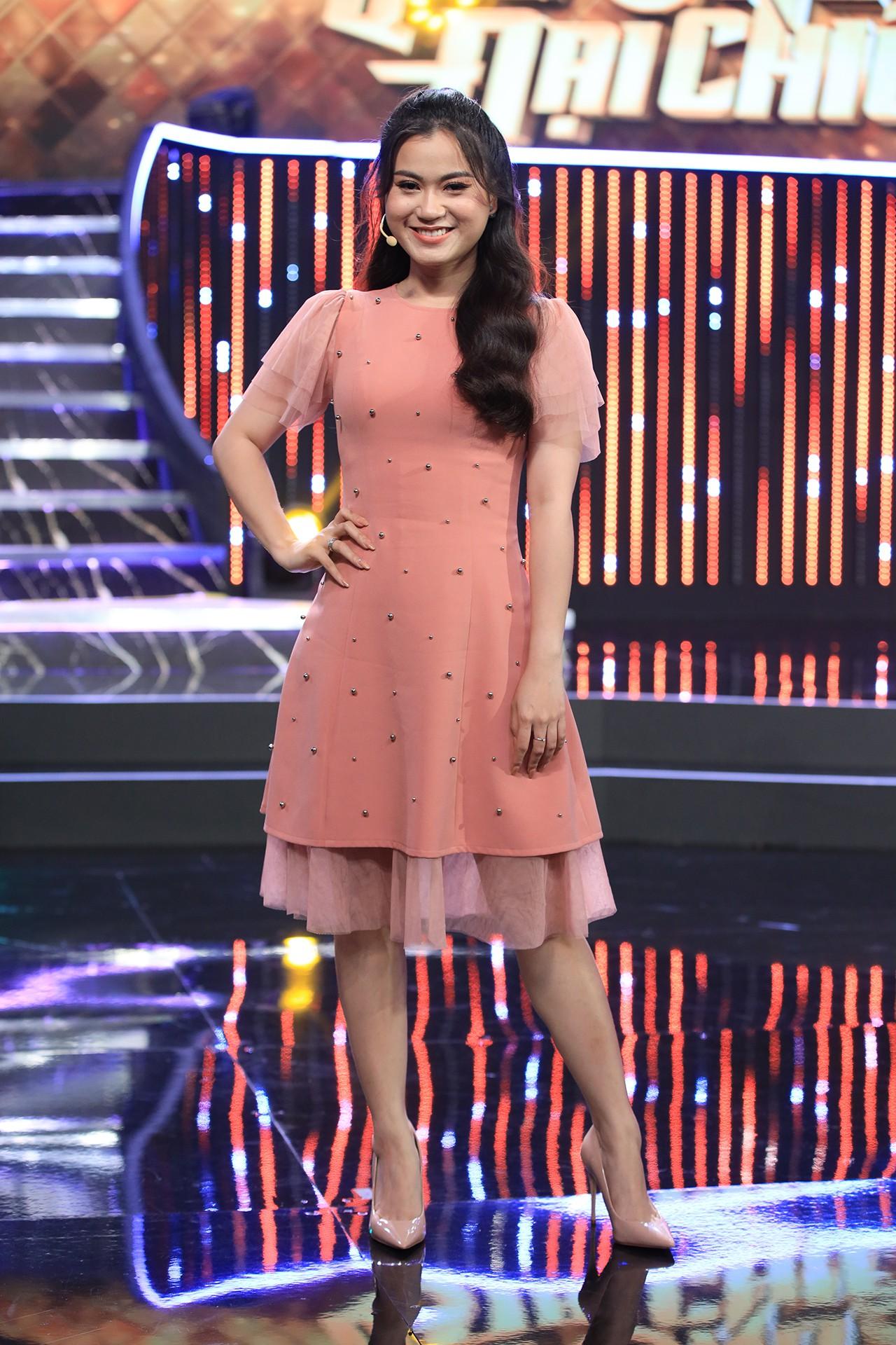 Hoa hậu Hương Giang hốt hoảng khi Lan Ngọc rủ rê trai đẹp về chung nhà chỉ sau 1 lần gặp mặt  - Ảnh 11.