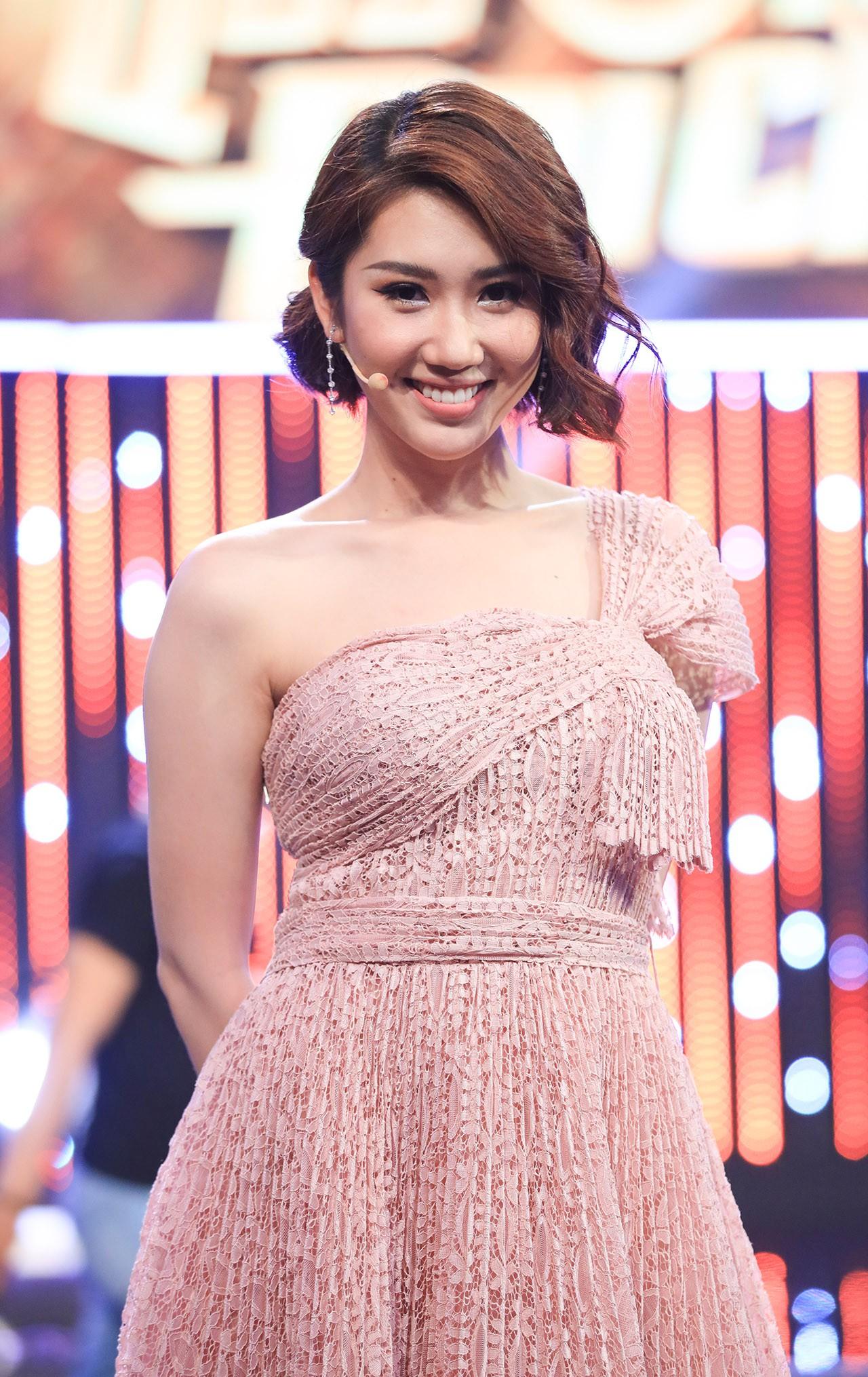 Hoa hậu Hương Giang hốt hoảng khi Lan Ngọc rủ rê trai đẹp về chung nhà chỉ sau 1 lần gặp mặt  - Ảnh 9.