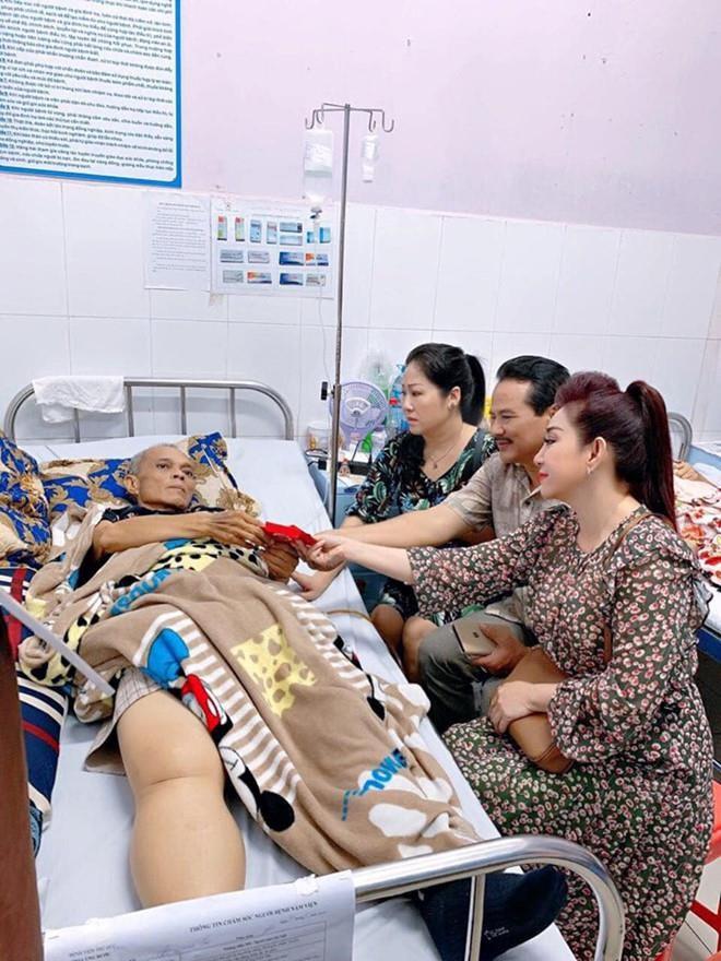 """Nghệ sĩ Phương Tần - chủ nhiệm đoàn phim """"Gạo nếp gạo tẻ"""" qua đời vì ung thư  - Ảnh 2."""