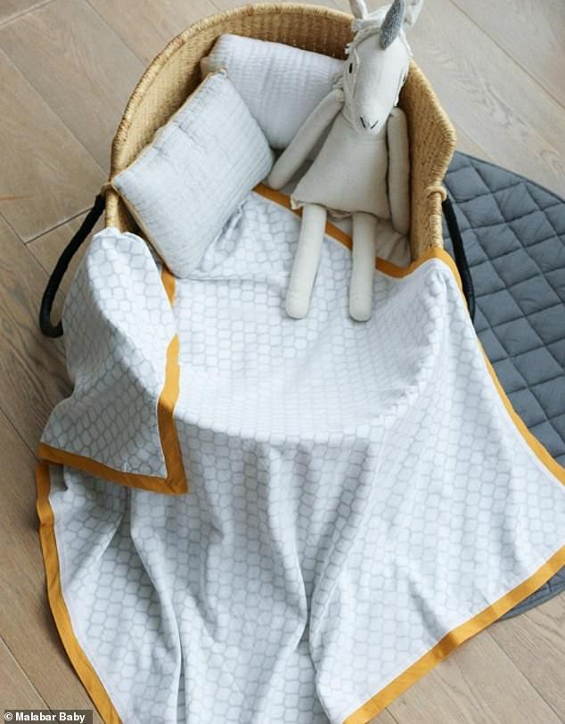 15961600-7240751-The_brand_describe_the_blanket_online_as_perfect_for_making_cudd-a-77_1562933012597