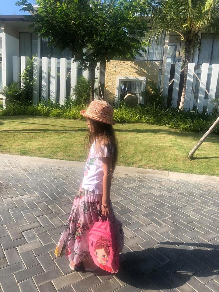 Diva Hồng Nhung diện bikini hai mảnh, khoe cơ bụng hoàn hảo ở độ tuổi U50 - Ảnh 4.