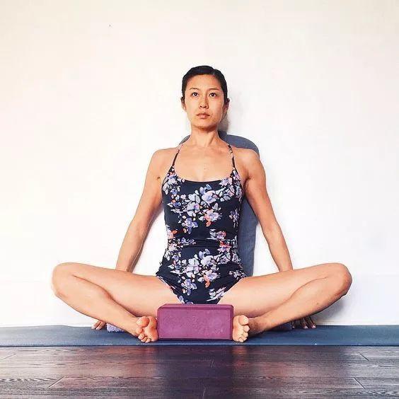 Dành 5 phút ngồi thế này mỗi ngày, phụ nữ suốt đời không lo mắc bệnh phụ khoa lại điều hòa kinh nguyệt cực tốt    - Ảnh 4.