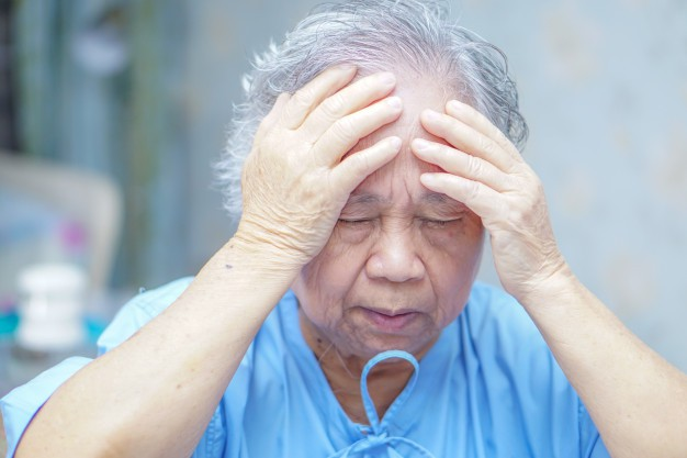 asian-senior-elderly-old-lady-woman-patient-headache-while-sitting-bed-nursing-ho_39768-67