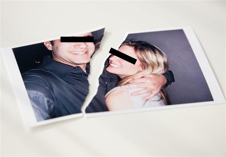 170510-stock-ripped-photo-couple-ew-149p_61fd0e408512adab68ee617fd4a1510a