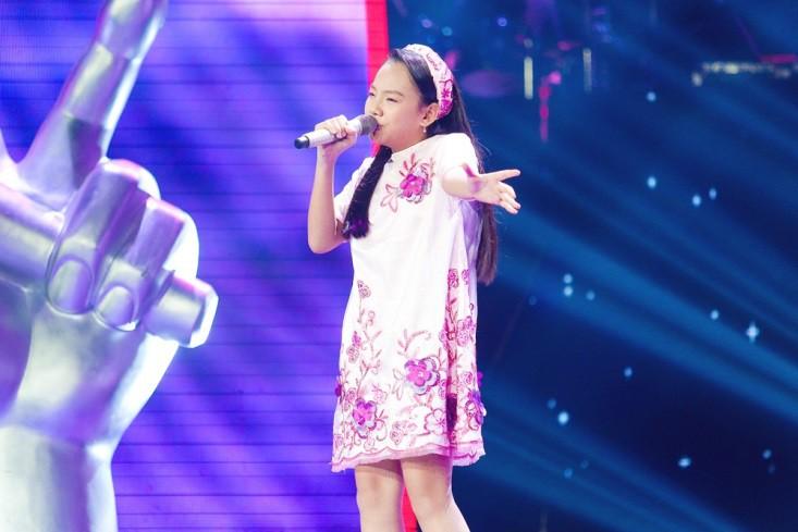 """Hoa hậu Hương Giang khẩu chiến với đàn chị trên ghế nóng The Voice Kids, chưa bao giờ nàng Hoa hậu """"dữ dằn"""" đến thế - Ảnh 16."""