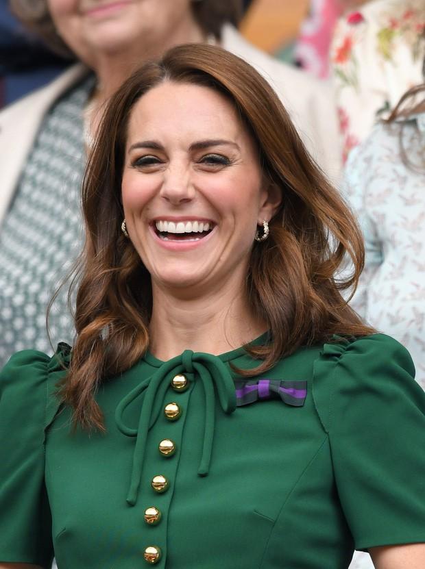 Da nhăn nheo bỗng căng mịn, Công nương Kate bị thẩm mỹ viện rêu rao tiêm botox khiến Hoàng gia Anh phải dẹp loạn - Ảnh 5.