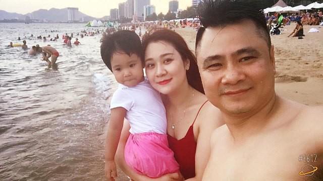 lan-dau-thu-minh-khoe-anh-con-trai-co-hang-mi-vut-cong-tren-face-e80e9f-15526404645381356553223