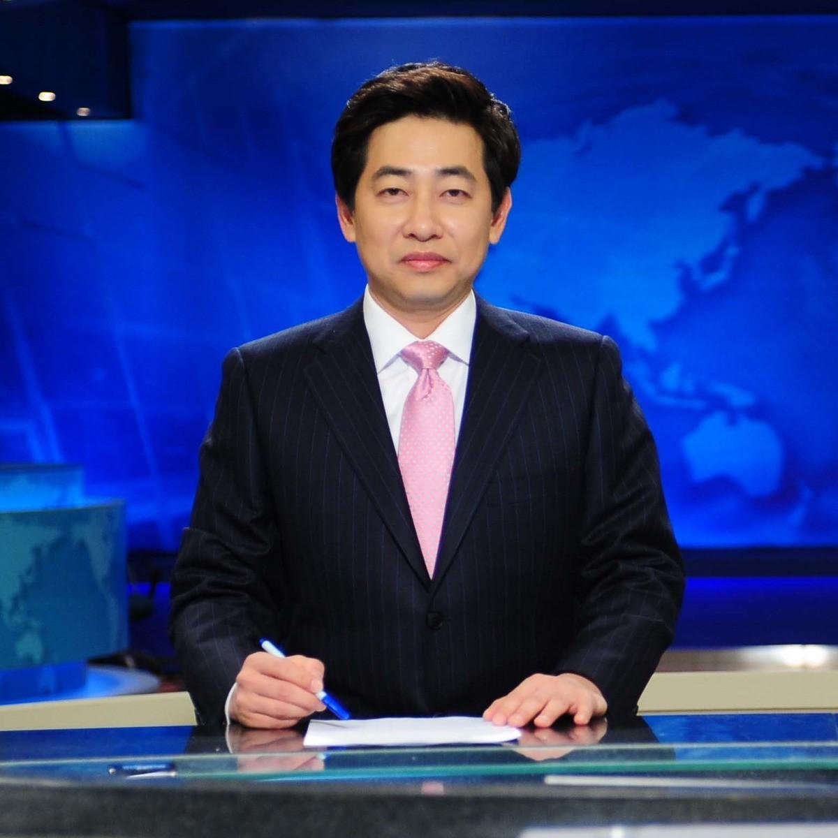 Phát thanh viên thời sự đài SBS quay lén phụ nữ trên tàu điện ngầm, bị bắt giữ vẫn chối trước đổ hết lỗi lầm do say xỉn - Ảnh 1.