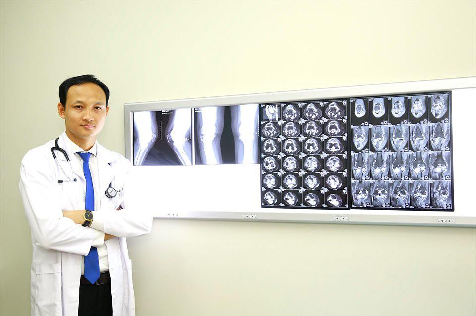 BS Hữu nghị Việt Đức chỉ cách phòng bệnh xương khớp giúp 'cả đời không lo mắc' nhưng ít người Việt làm đúng - Ảnh 1.