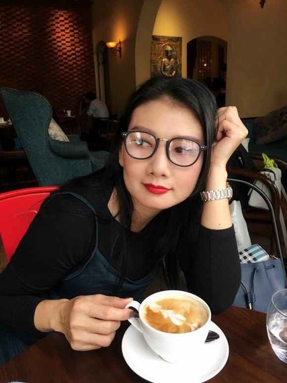 """Cuộc sống ngoài đời của """"mẹ chồng"""" cay nghiệt trên màn ảnh Việt: U50 vẫn cô đơn nhưng nhan sắc lại lão hóa ngược - ảnh 9"""