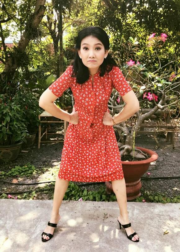 """Cuộc sống ngoài đời của """"mẹ chồng"""" cay nghiệt trên màn ảnh Việt: U50 vẫn cô đơn nhưng nhan sắc lại lão hóa ngược - ảnh 10"""