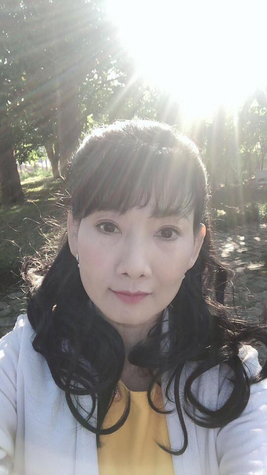 """Cuộc sống ngoài đời của """"mẹ chồng"""" cay nghiệt trên màn ảnh Việt: U50 vẫn cô đơn nhưng nhan sắc lại lão hóa ngược - ảnh 4"""