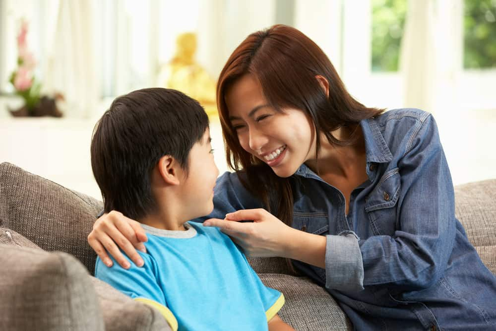 child-mum-talking