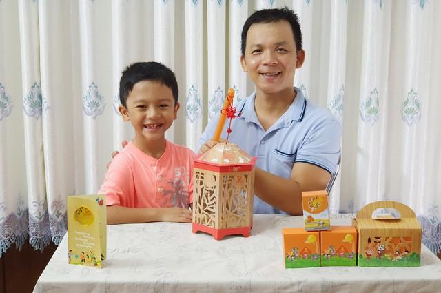 Trào lưu cùng con rước đèn, đem Trung thu đúng nghĩa trở lại được bố mẹ Việt hưởng ứng - Ảnh 1.