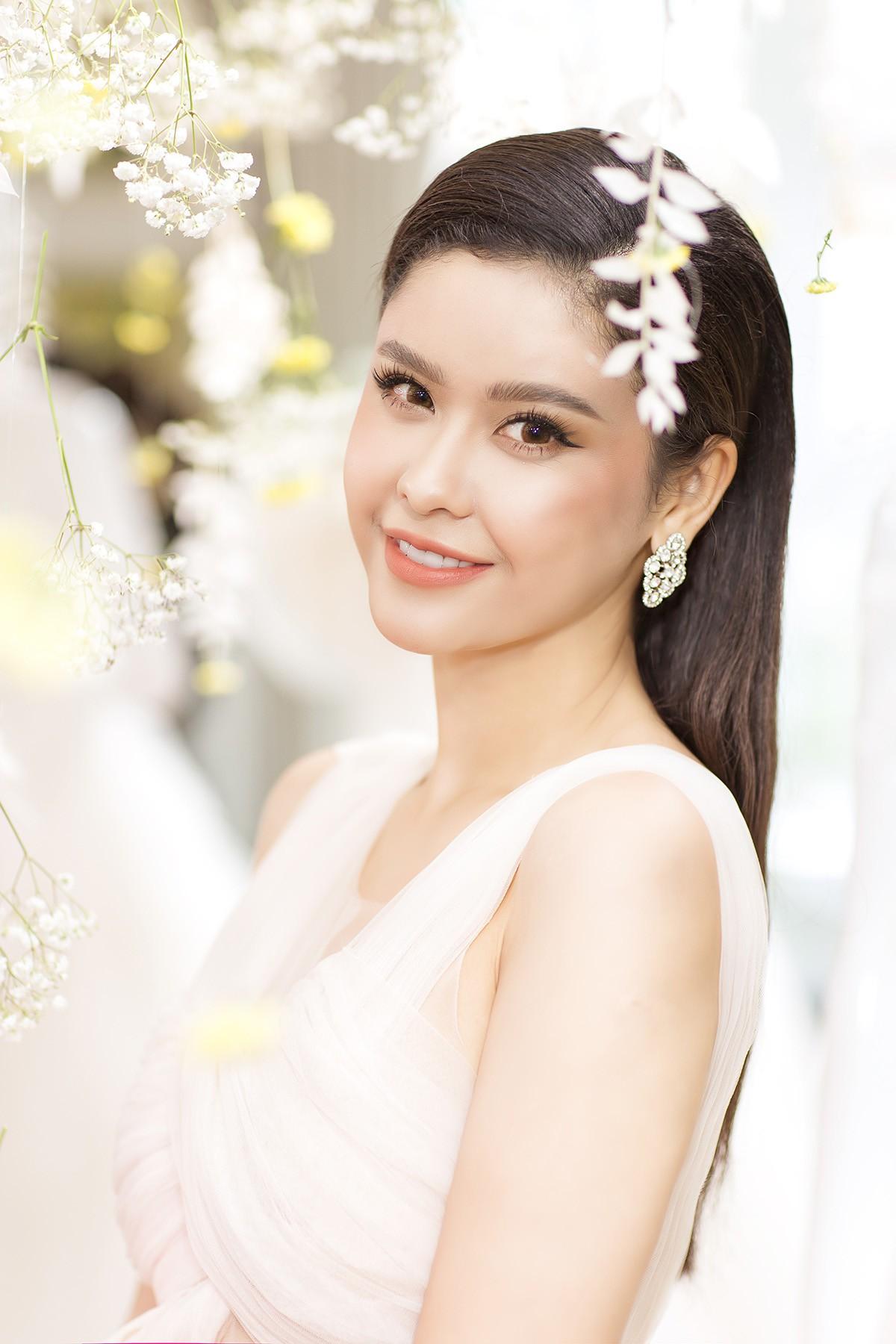 SHow Phuong My29