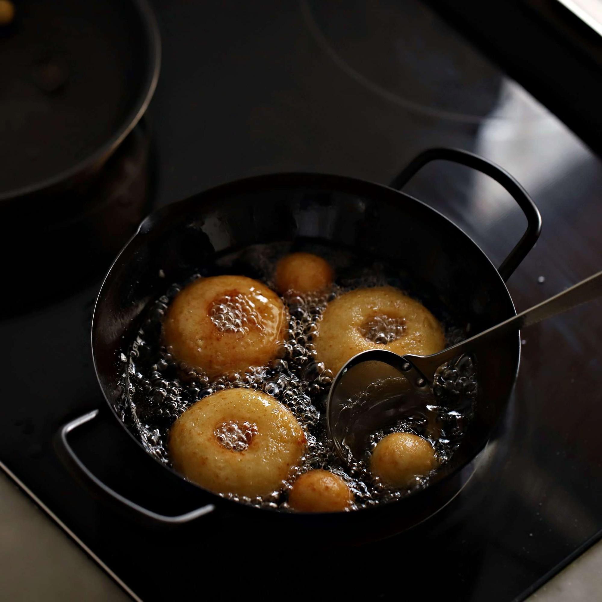banh-donut-dau-phu-5